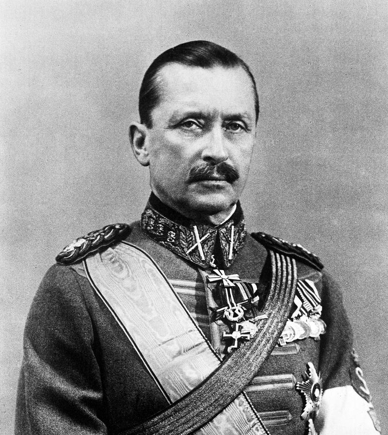 800px-Carl_Gustaf_Emil_Mannerheim.png