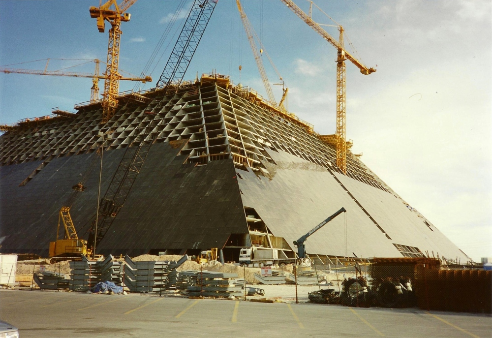 1993. Construction site of the Luxor Las Vegas Hotel and Casino. Own scan of own paper print. Photo taken in 1 April.jpg