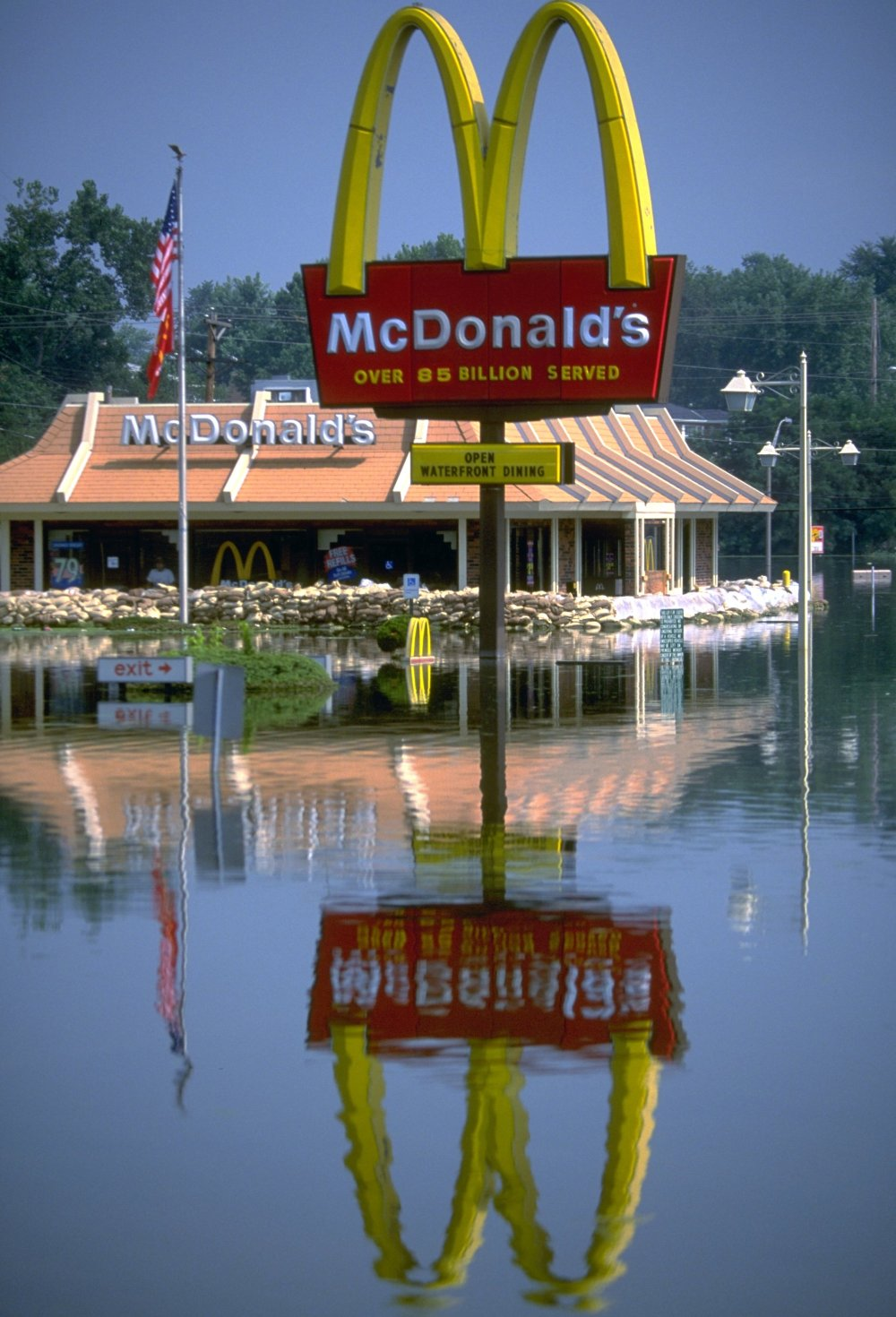 1993. Flooding fema.jpg