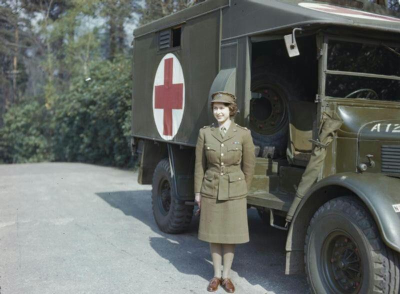 Принцеса Єлизавета. Квітень 1945.jpg