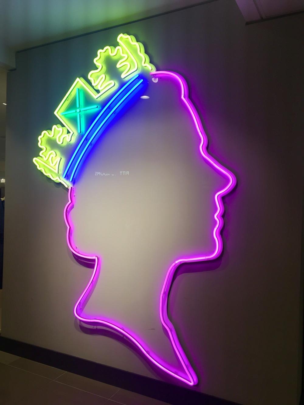 Neon_Queen,_John_Lewis_Oxford_Street,_August_2019_03.jpg