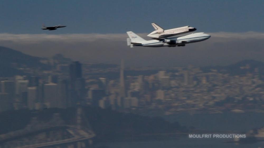 Space Shuttle Endeavour over San Francisco Bay.jpg